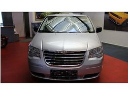 Chrysler Grand Voyager Touring Business 2 8 CRD Aut - Autos Chrysler - Bild 1