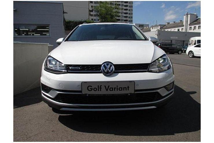 volkswagen golf vii variant 1 6 tdi 105 hp bmt 4motion. Black Bedroom Furniture Sets. Home Design Ideas