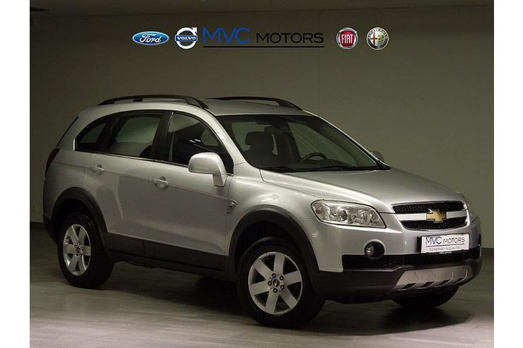 chevrolet captiva 39 39 family edition 39 39 2 0 vcdi 2wd in wien. Black Bedroom Furniture Sets. Home Design Ideas