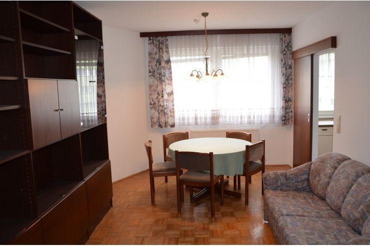 uni n he 2 zimmer wohnung in linz auf. Black Bedroom Furniture Sets. Home Design Ideas