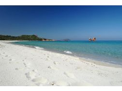 PRESTIGE LAND OF THE MOST PRISTINE BEACHES SARDINIA 25 500m² WITH HOTEL PROJEKT - Gewerbeimmobilie kaufen - Bild 1