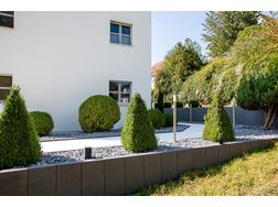 Energy efficient landscaping Moderne Garten - Gartendekoraktion - Bild 1