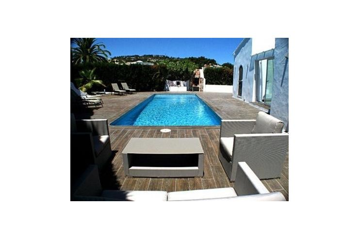 luxus zum kleinen preis in benissa spanien auf. Black Bedroom Furniture Sets. Home Design Ideas